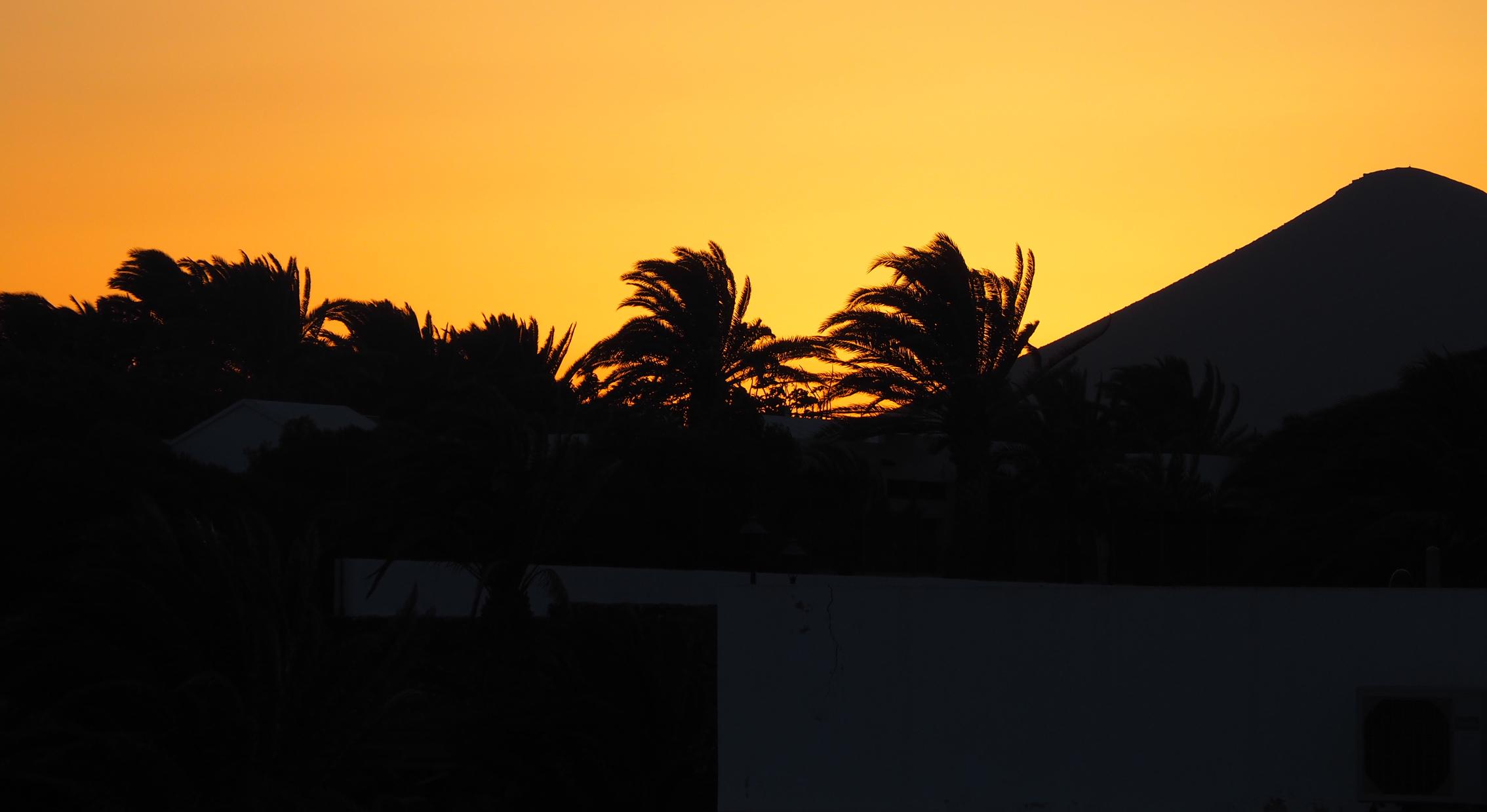 Lanzarote Costa Teguise Sonnenuntergang Ozeanien Tours