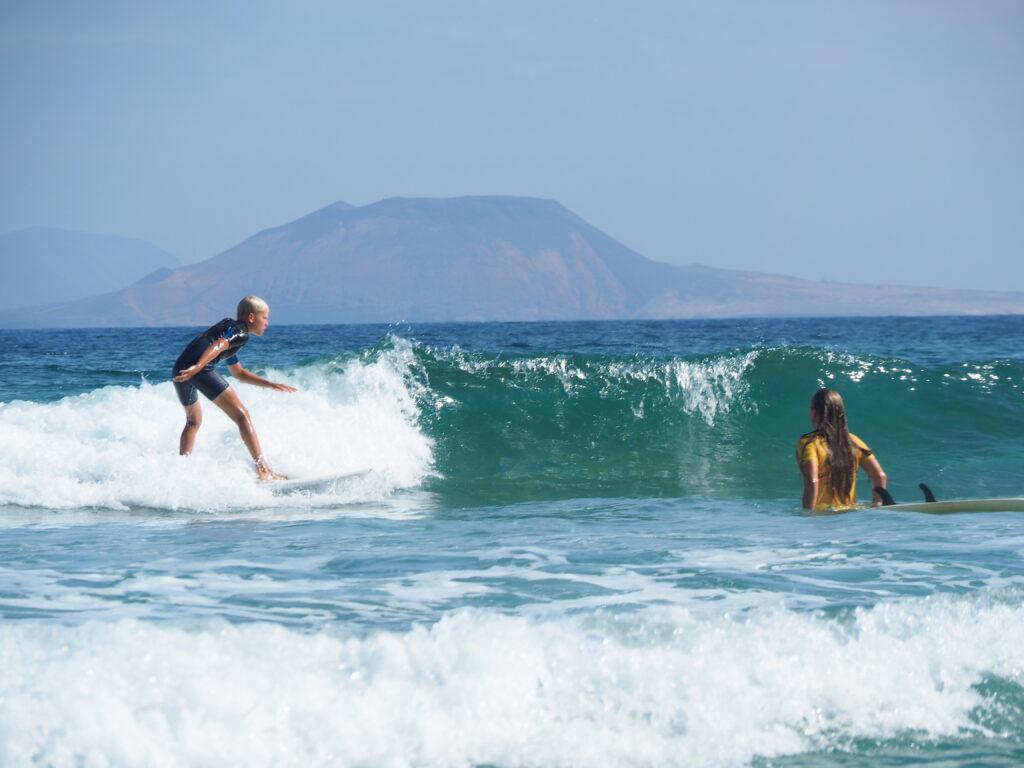 Lanzarote Famara Wellenreiten Finn Ozeanien Tours