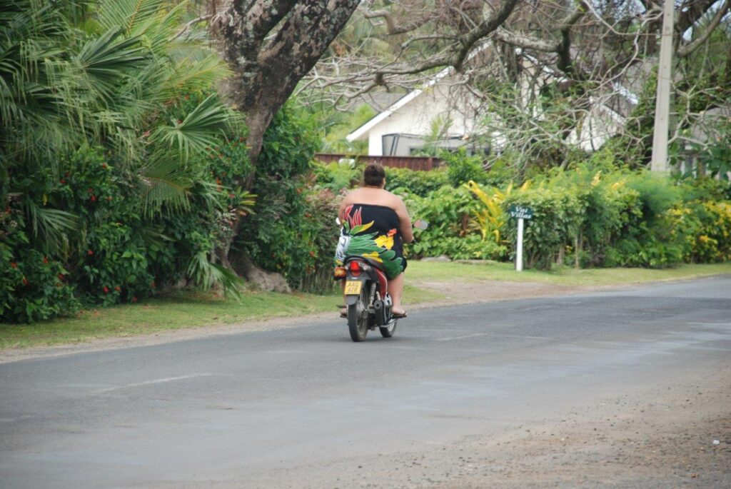 Südsee Rartonga Roller Locals Ozeanien Tours