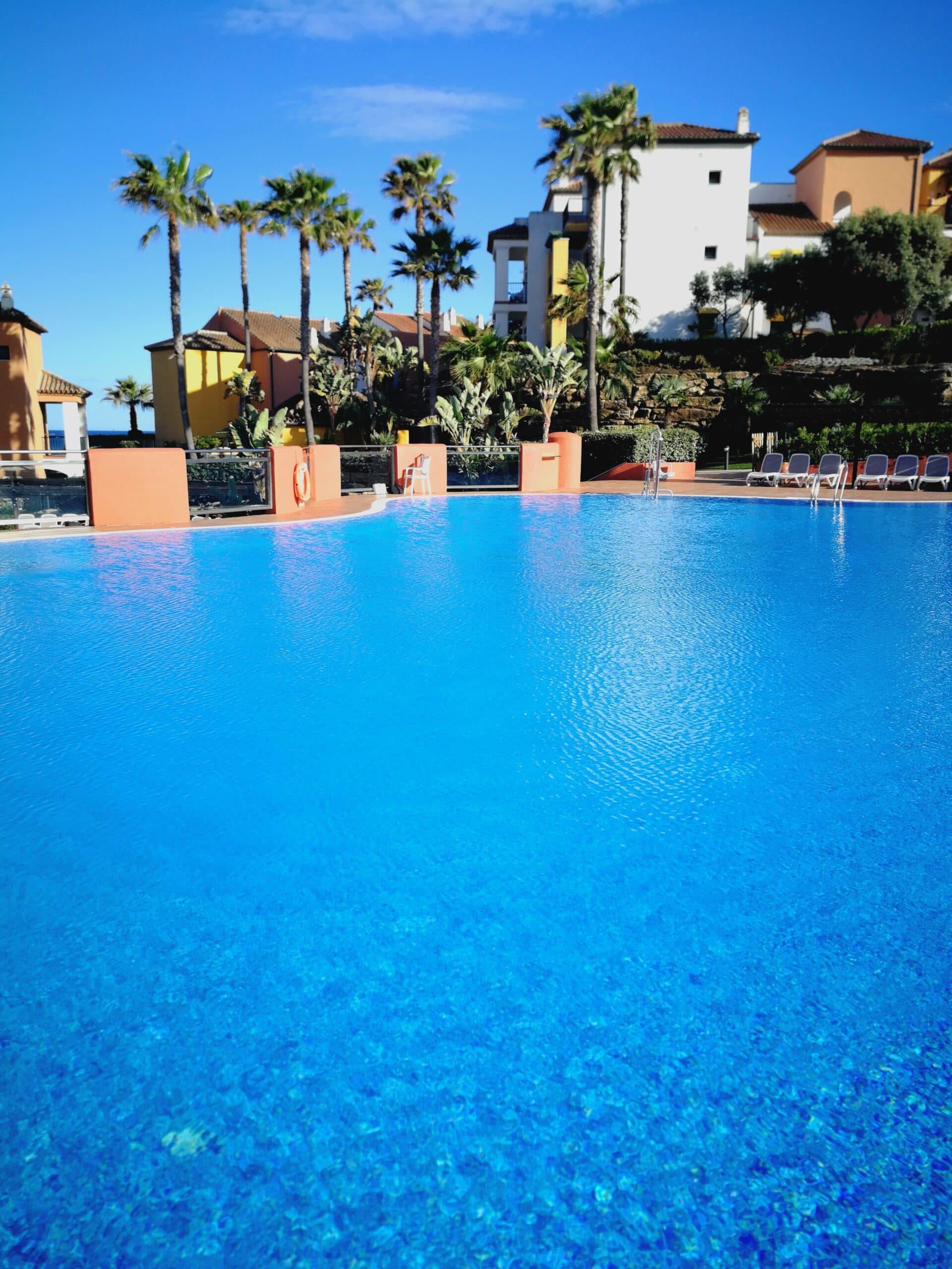 Strandclub Aldiana Club Resort Costa del Sol Pool Ozeanien Tours